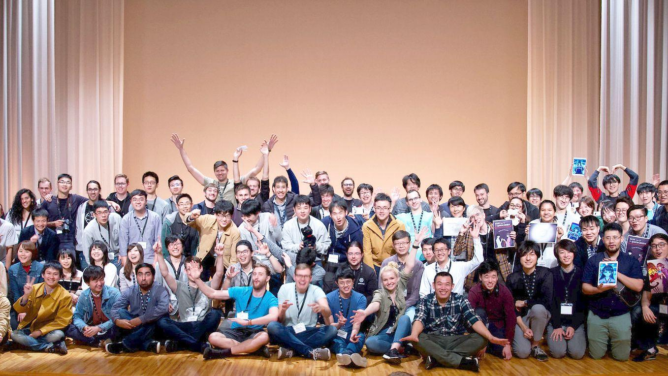 photograph of a large group of participants of the qiskit global summer school